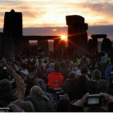 Гимнастика предателей Христа: Шабаш в день летнего солнцестояния у Стоунхенджа