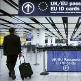 «Что у Вас в чемодане?»: Детектор лжи с ИИ будет опрашивать путешественников при въезде в ЕС