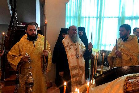 В Казахстане помолились за «зде лежащих иноверцев» 2.jpg