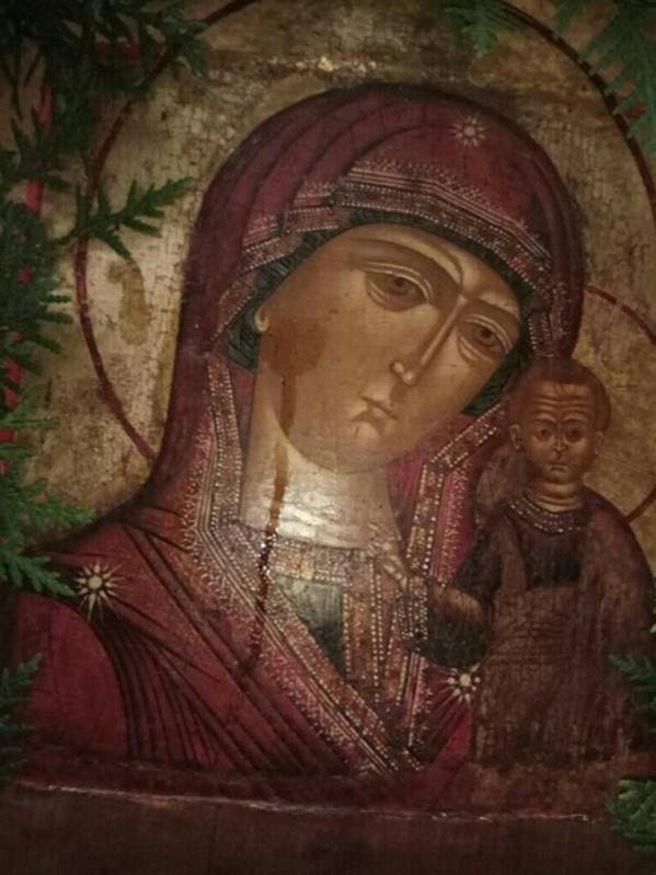 Сила соборной молитвы за Россию: На Валаамском подворье замироточила Казанская икона Божией Матери